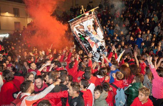 Il Rione Moncioveta festeggia la vittoria del Palio 2015